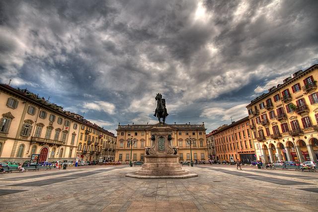 20002_Piazza-Bodoni_Torino_Francesco-Urso
