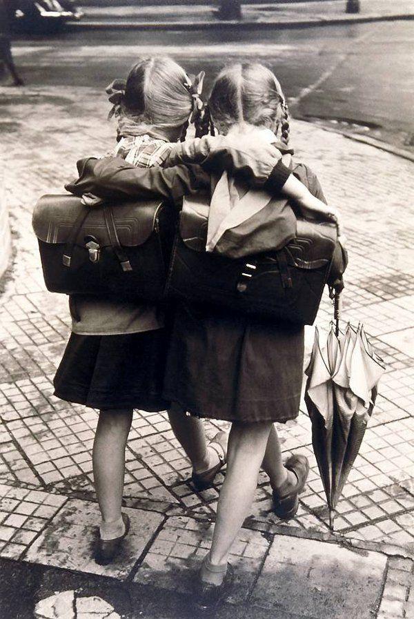 bambino school scuola torino fashion bloggers amiche friends