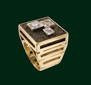 Enrico Cirio anello carbone diamanti oro giallo