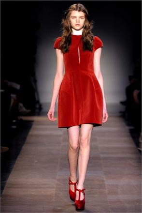 vestito Carven rosso corto Capodanno 2017