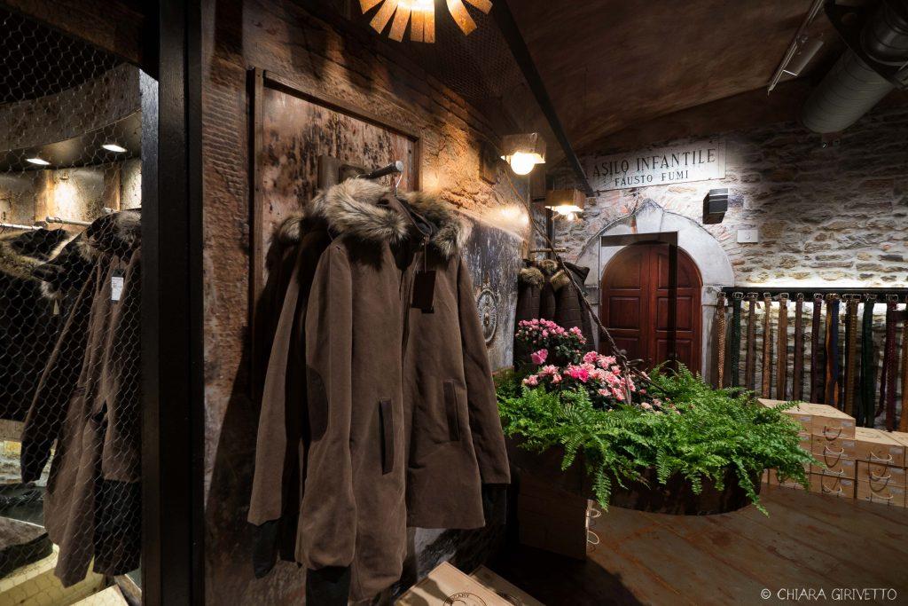 Maledetti Toscani store Torino Montepulciano pelle shopping