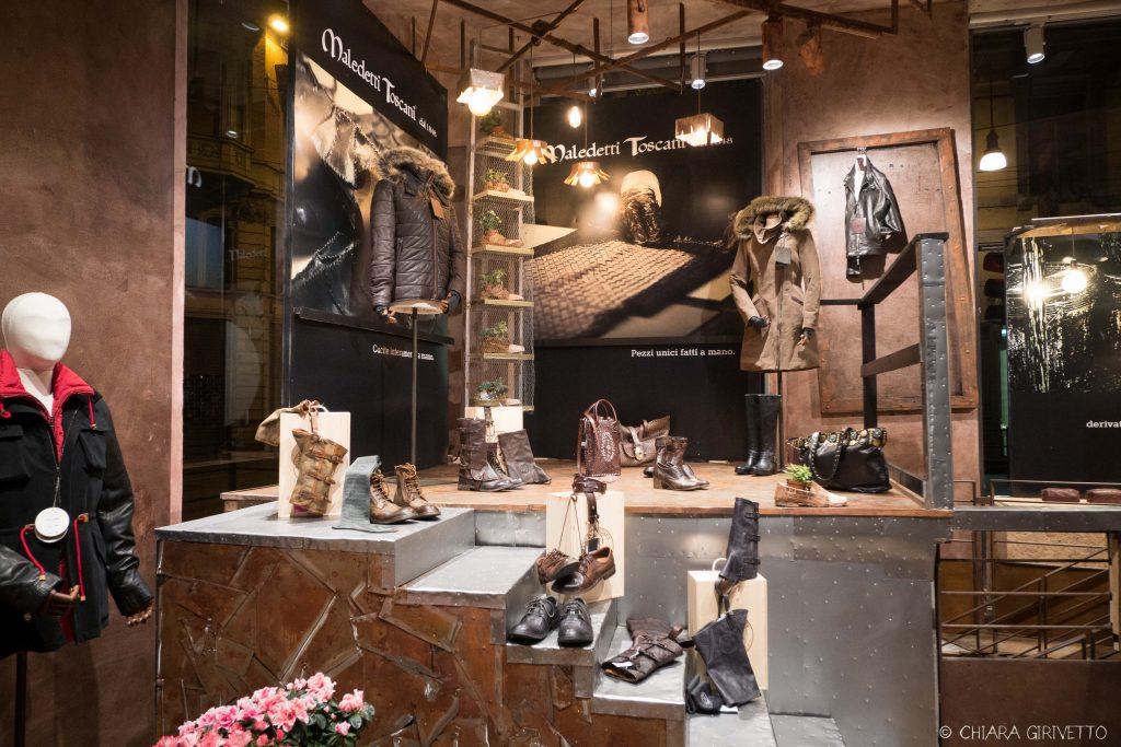 Maledetti Toscani store Torino Montepulciano pelle shopping insegne cartelli borse scarpe pelle