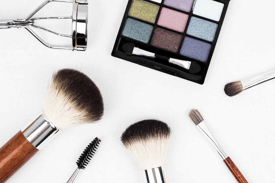 make up brush pao