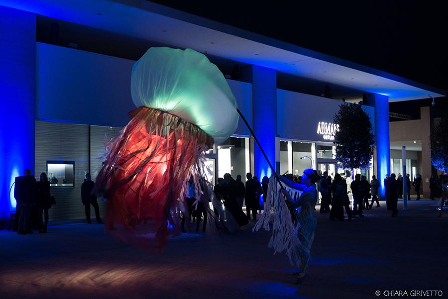 Torino Outlet Village party inaugurazione store firme negozi shopping meduse ballerini