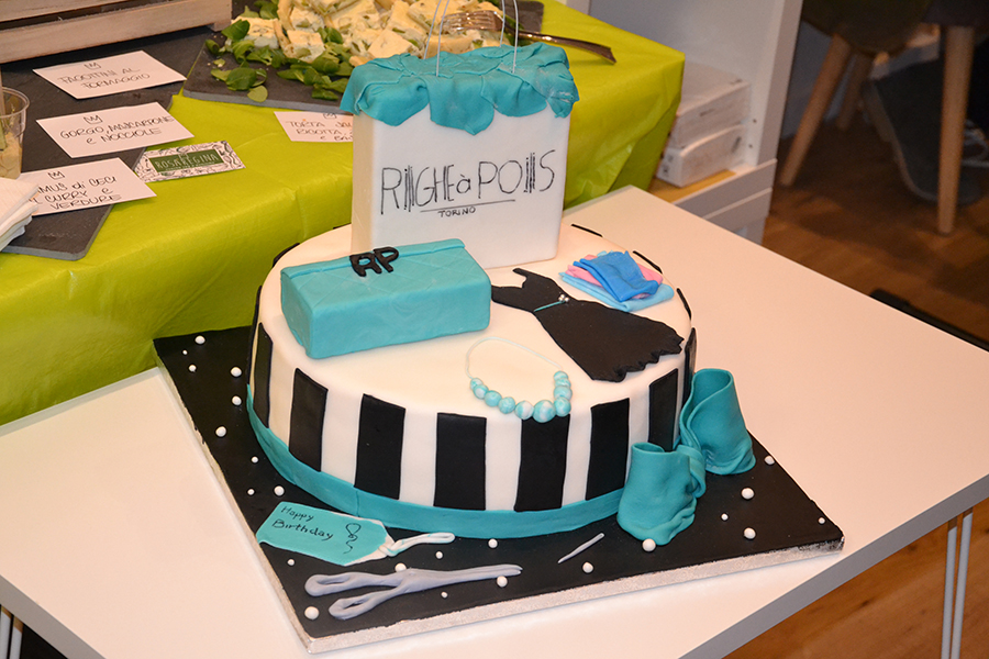Torino Fashion Bloggers Righe à Pois festa negozio party torta cake design vestiti