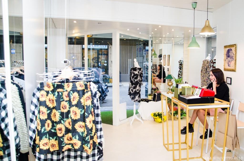 Moi.to stampe colori shopping bancone design Micaela