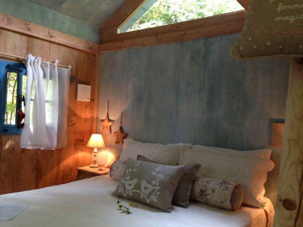 casa sull'albero Toulipier Manta week end fuori porta natura interno camera da letto