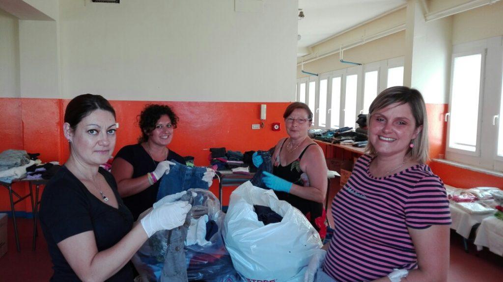 Api di Carta associazione centro di raccolta Poirino terremoto aiuto sos mamme abiti