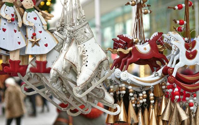 Natale mercatini decorazioni magia albero di Natale Torino