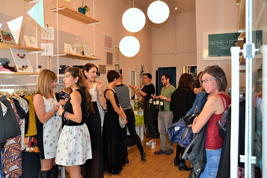 Torino Fashion Bloggers Righe à Pois festa negozio party brindisi