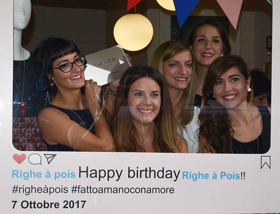 Torino Fashion Bloggers Righe à Pois festa negozio party instagram